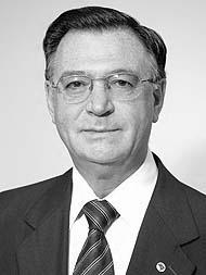 Desembargador Federal Vilson Darós