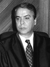 Desembargador Federal Fábio Bittencourt da Rosa: Presidente do TRF da 4ª Região no biênio 1999/2001.
