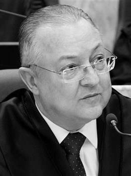 Desembargador Federal Luiz Fernando Wowk Penteado, presidente do TRF4 no biênio 2015-2017